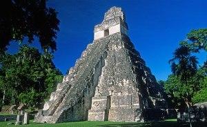 Templo I de la ciudad de Tikal, Guatemala.