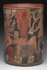 """Vasija sacrifical maya con imaginería cruenta, objeto nº 12 de la sección """"Arte americano del Mundo Antiguo"""", museo de Arte de Dallas"""