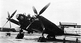 Vought XF5U. Nótense los motores al final de las alas.