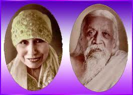 Mirra Alfassa (izquierda) y Sri Aurobindo (derecha).