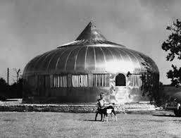 La casa Dymaxion de Buckminster Fuller.