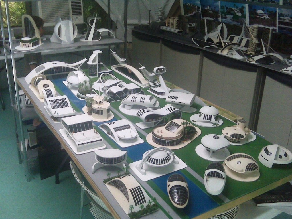 Maquetas, maquetas everywhere...