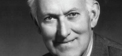 Sir Antony Fisher (1915–1988,) hombre de negocios y filántropo británico. Participó en la formación de varias organizaciones de índole liberal durante la segunda mitad del siglo XX., incluyendo