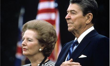 Margaret Thatcher (izquierda) y Ronald Reagan (derecha).