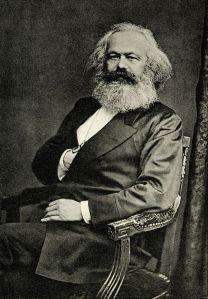 Fotografía de Karl Marx en Londres,1875. La pose es típica de la época.