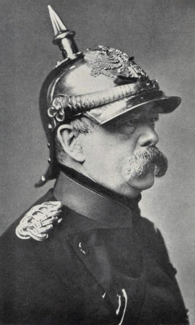 Bismarck_pickelhaube